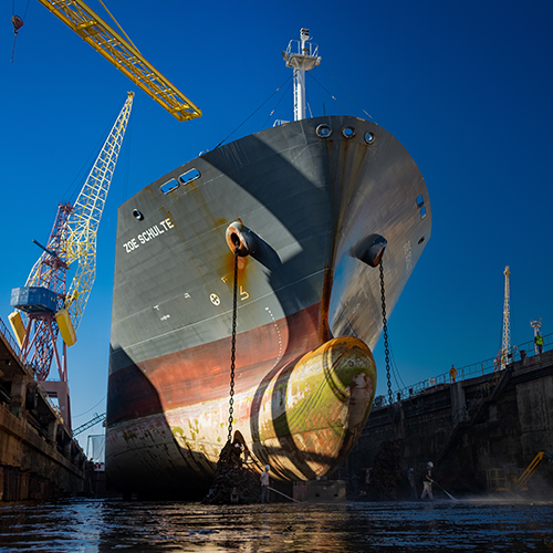 West Sea receives the chemical vessel Zoe Schulte for another ship repair project