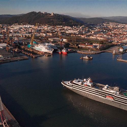 O World Voyager, o segundo navio da gama Explorer, foi entregue à Mystic Cruises