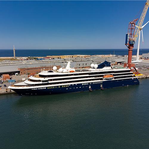 O World Navigator, o terceiro navio da gama Explorer, foi entregue à Mystic Cruises