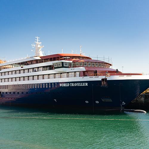 O World Traveller, quarto navio de Expedição Polar já flutua